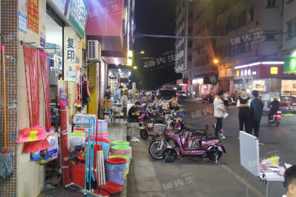 长安乌沙连锁奶茶店转让!商业街人流密集招牌显眼装修精美